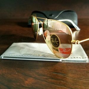 Ray-Ban Accessories - ROSE GOLD RAY-BAN AVIATOR 100% AUTHENTIC